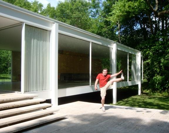 Mies van der Rohe's Farnsworth House, Plano, IL - May 2010