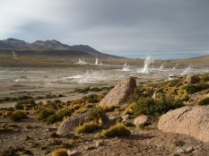 To reach El Tatio by sunrise, when the steam is the most visible, you have to leave San Pedro at 4:30am.