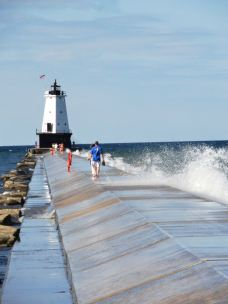 One last overnight stop was Ludington, Michigan, which is less tourist-developed than other Michigan lake towns, but is charming because of that. This is the Ludington North Breakwater Light.