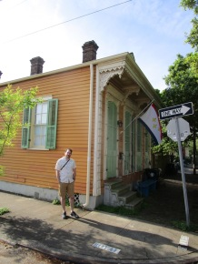 Welcome to New Orleans! We stayed in the back apartment (Airbnb) of this shotgun-style house in the Bywater neighborhood.