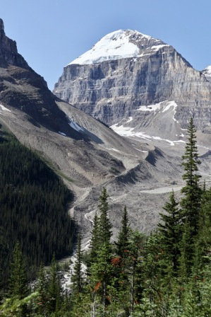 We hiked over 12 miles from Lake Louise to Lake Agnes and the Plain of Six Glaciers.